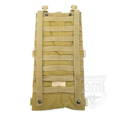 MOLLE HYDRATION CARRIER COYOTE ハイドレーションキャリア 米軍 払い下げ